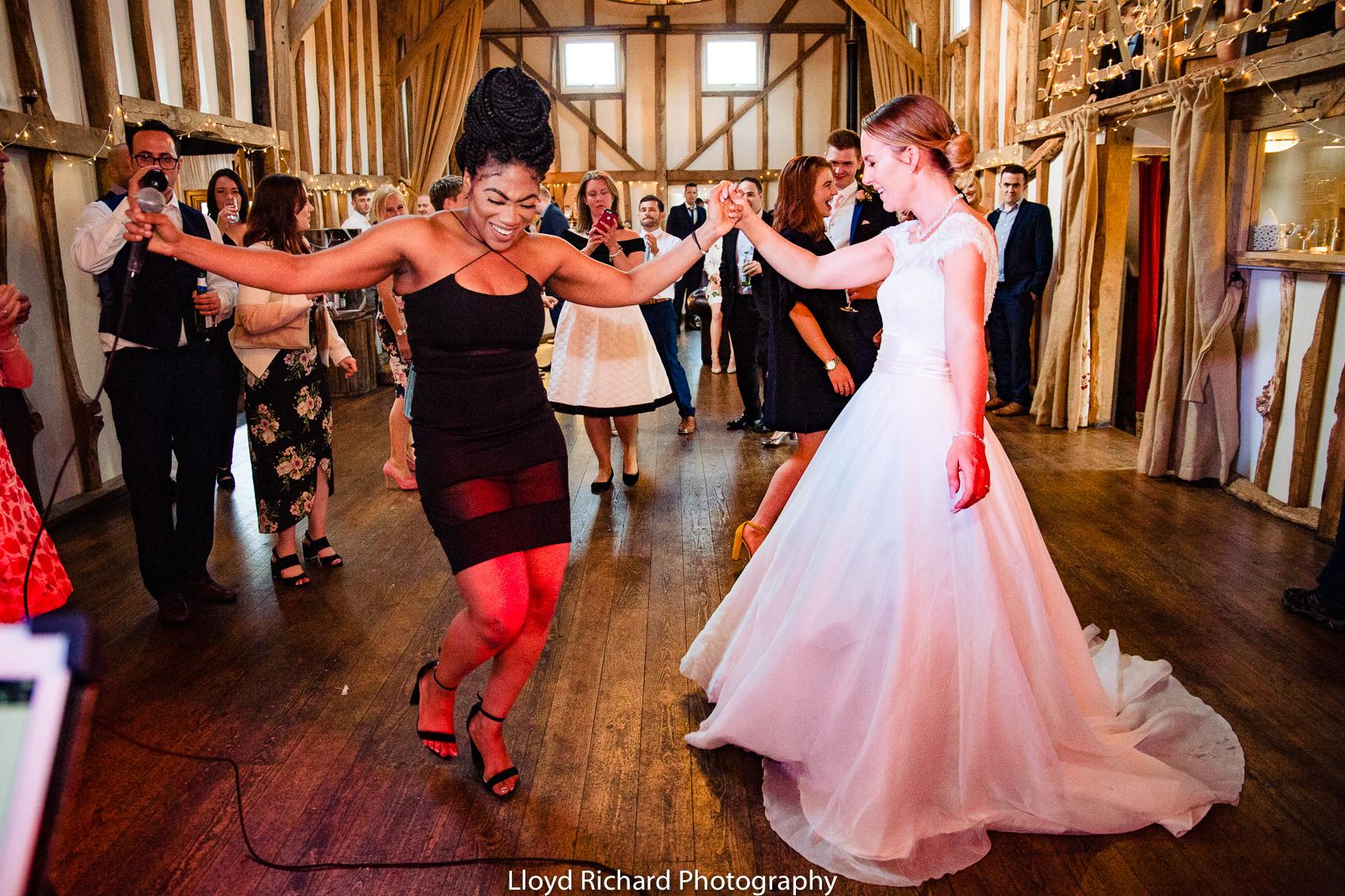 wedding singer at Pitt Hall Barn