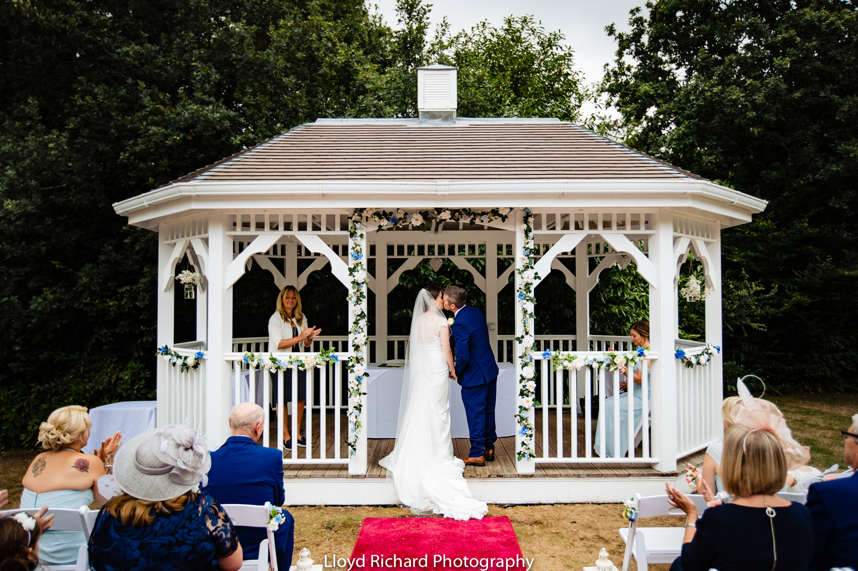 first kiss at Moorhill House Hotel wedding