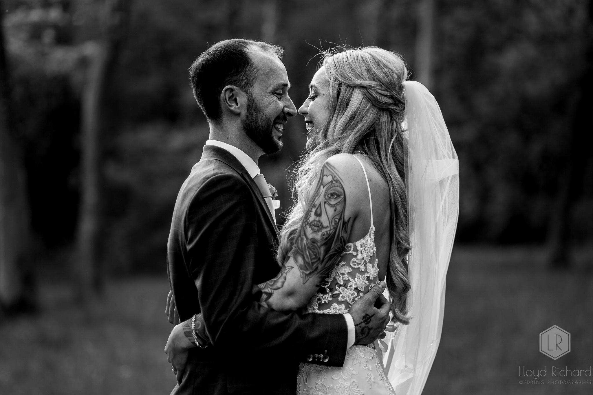 couples wedding portraits at marwell hotel