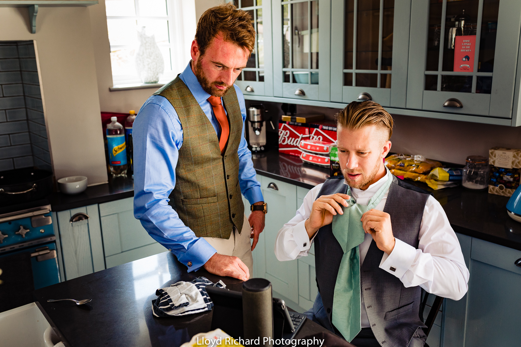 groomsmen getting dressed in Chestnut Cottage in Beaulieu