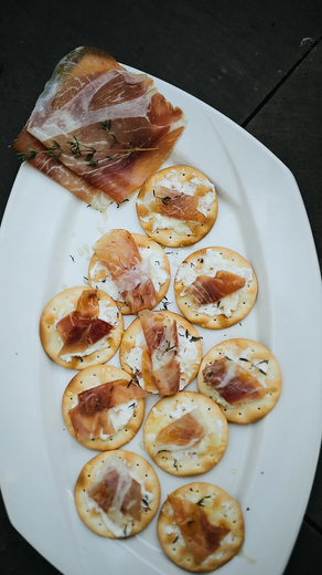 Goat Cheese and Prosciutto Hors d'oeuvre
