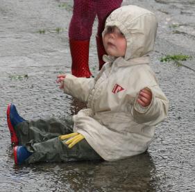 6.  sortir sous la pluie