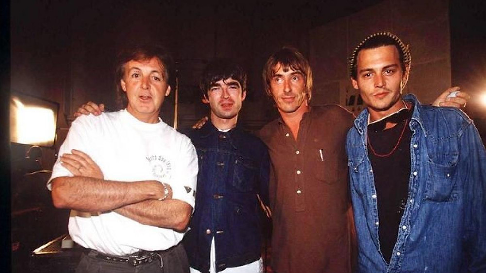 McCartney, Gallagher, Weller e Depp à época da gravação do disco