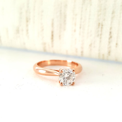 Simple & Classic Solitaire  Engagement Ring