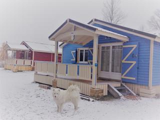 Les chalets sous la neige... L'hiver s'installe aux Lanchettes
