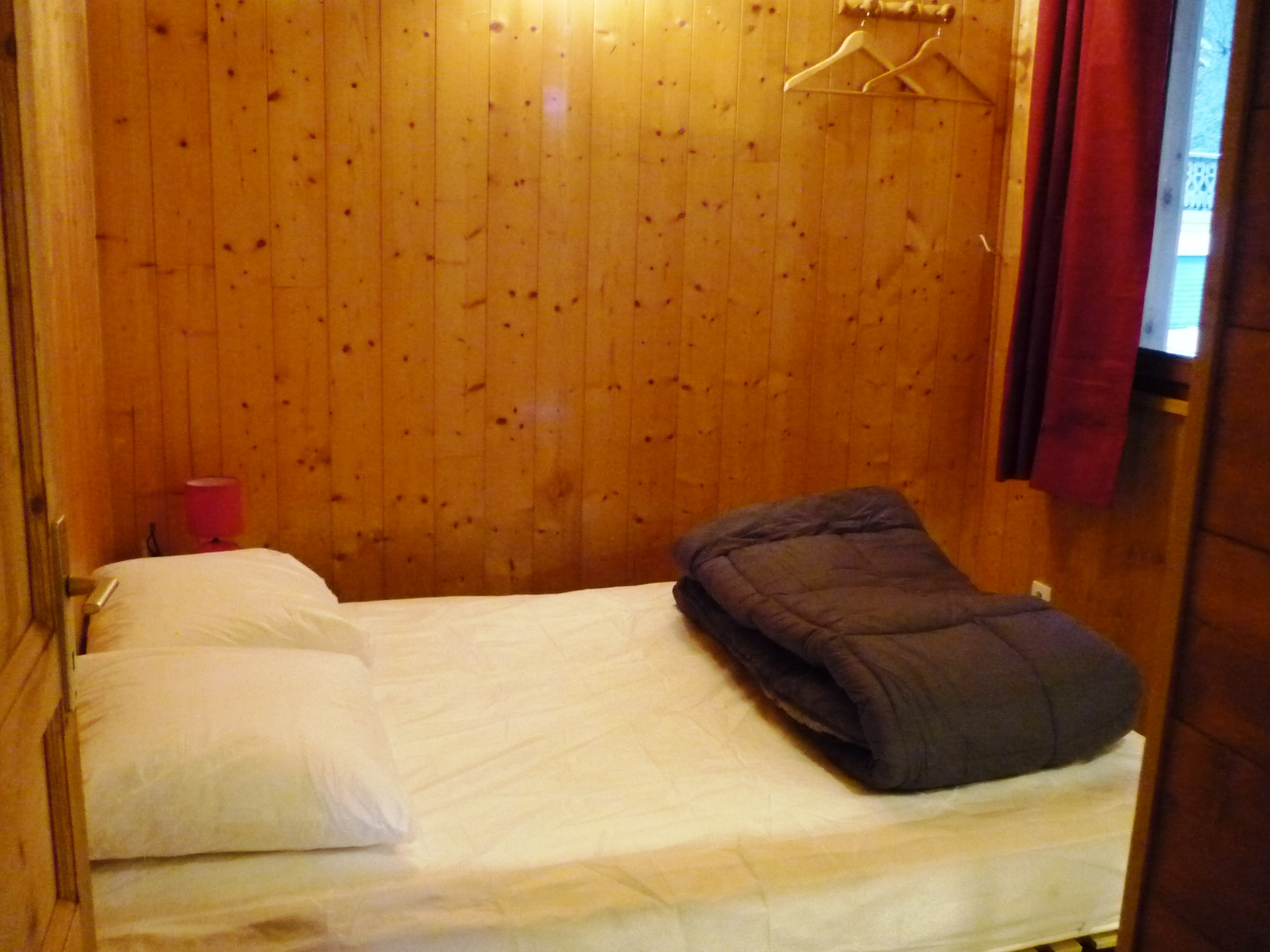 camping-chalet-Chamois-les Lanchettes_Peisey-Vallandry_int8