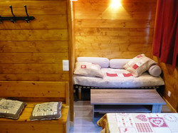 camping-chalet-Chamois-les Lanchettes_Peisey-Vallandry_int1