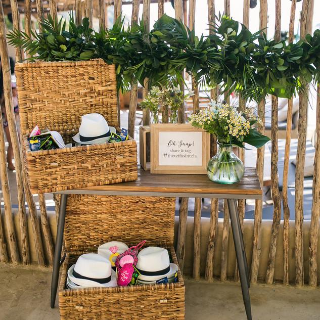 Tropical prewedding party