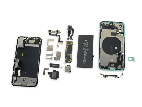 Диагностика и ремонт материнской платы iPhone 11
