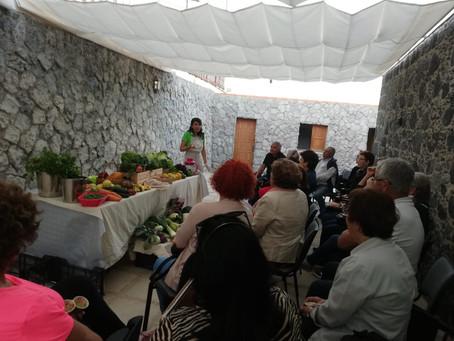 """Visita a la """"Caseta del Peón Caminero"""" en Candelaria"""