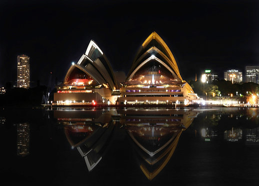 Golden Opera House