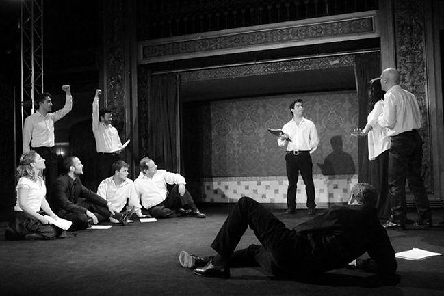 Otelo una tragedia, versión de Alberto Wainer, dirección Jorge Azurmendi, musicalización Mirko Mescia