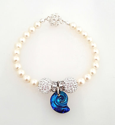 Bermuda snail bracelet