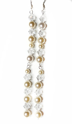 White cream sparkle earrings