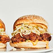 fried-chicken-sandwich-del-cat.jpg