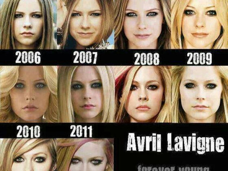 Avril Lavigne no murió, se convirtió en vampiro
