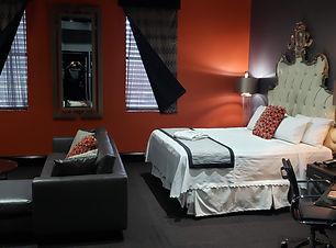King Suite - Rm 202 - 1.jpg