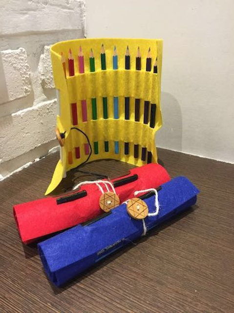 Roll-Up Pencil Case with 12 Color Pencils