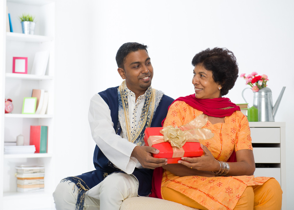 Gift your mom a unique & thoughtful gift