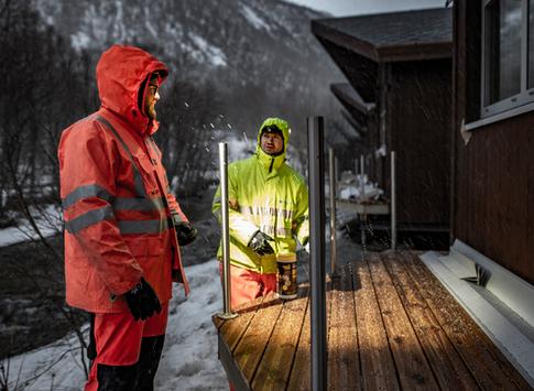 Rekkverk på hytter - Tromsdalen camping