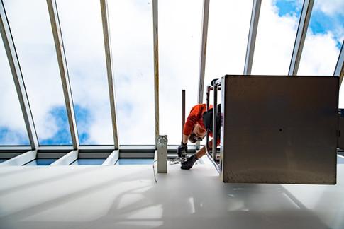 Montering av solskjermingsautomatikk på Musikkonservatoriet i Tromsø