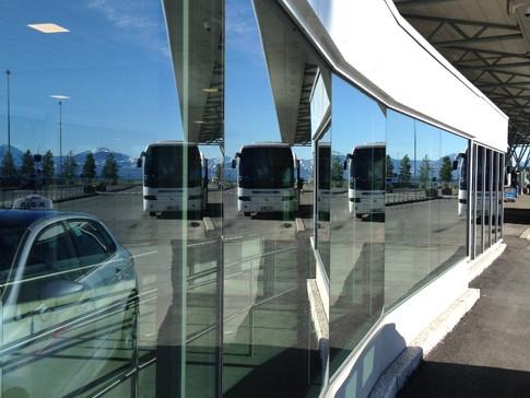 Nytt inngangsparti av glass på Tromsø lufthavn