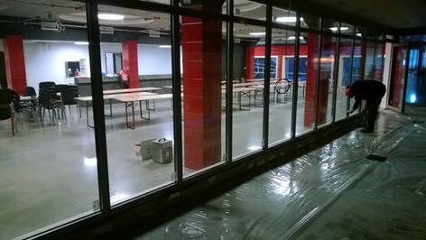 Glassmontering på Driv