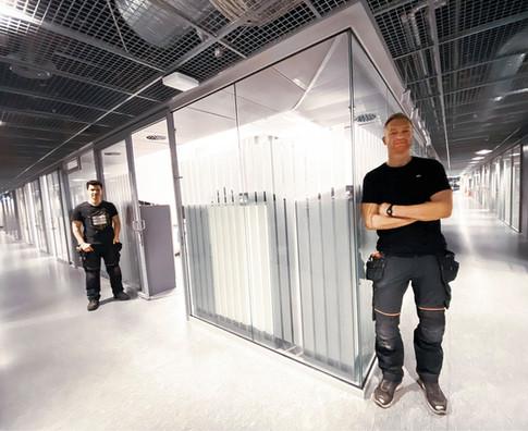 Innbygging av kontorer i glass - Tromsø rådhus