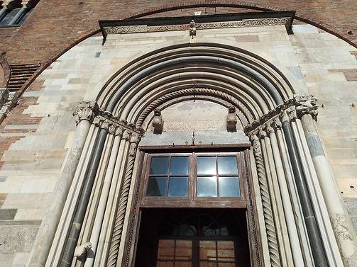 S.Simpliciano, il portale.jpg