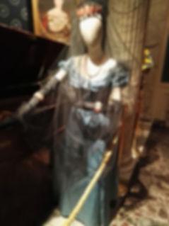 Museo Scala, costume d'epoca.jpg