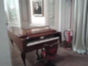 Bergamo,pianoforte di Donizetti.jpg