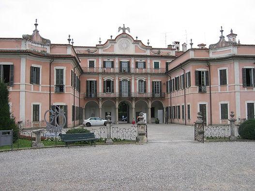 Varese, pal.Estense.JPG