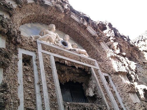 Villa Litta a Lainate, il Ninfeo.jpg