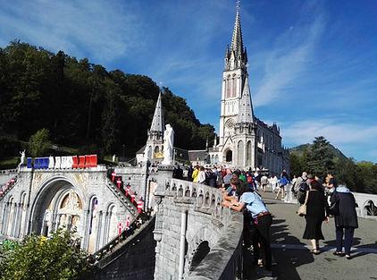 Basilica di lato.jpg