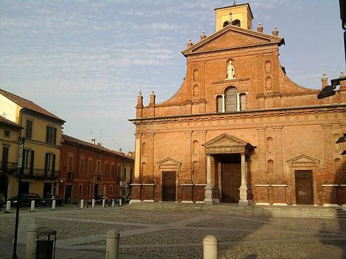 Codogno, la parrocchiale di S.Biagio.jpg