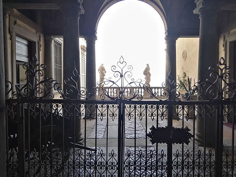 Bergamo, Cancello Palazzo Terzi.jpg