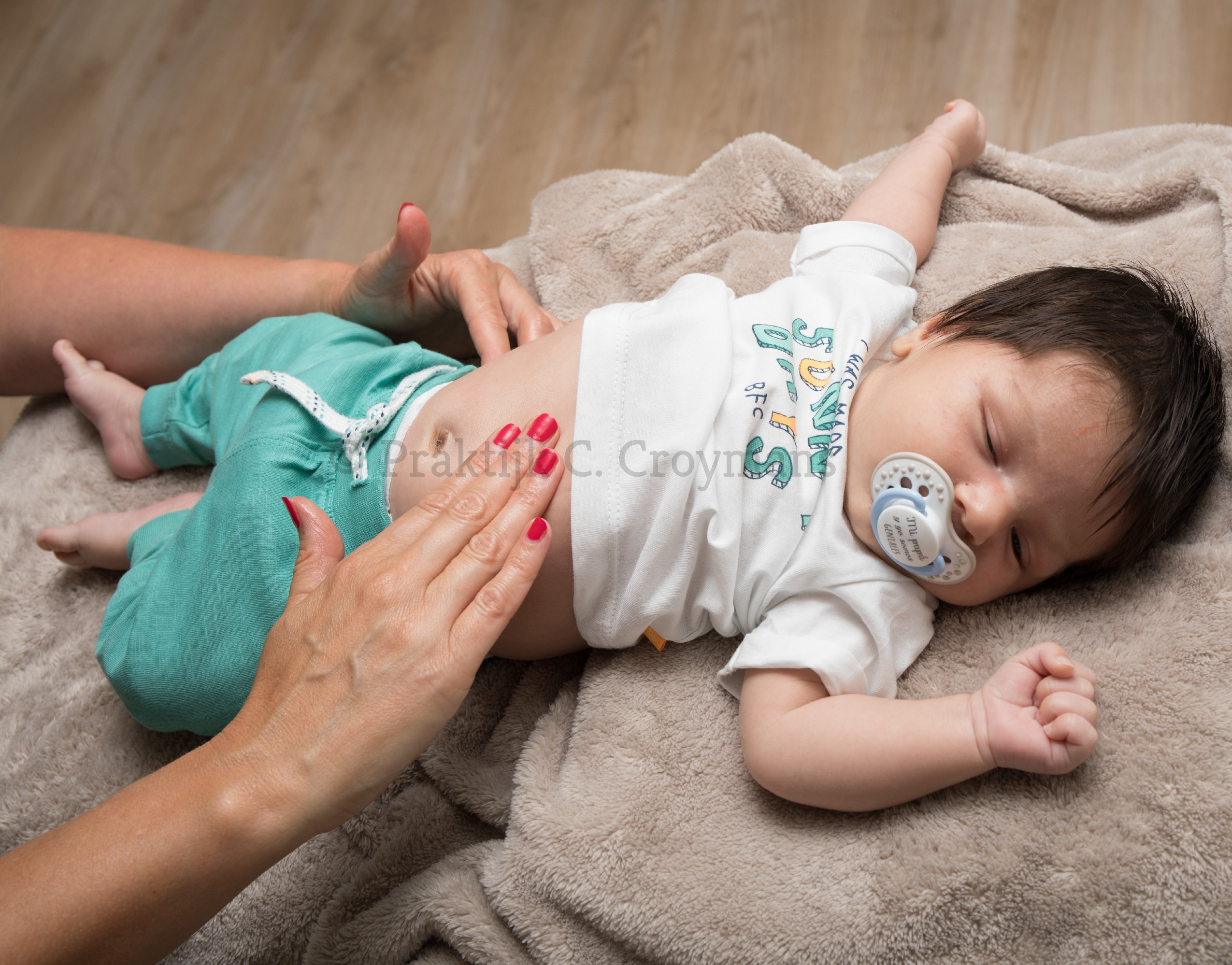 Babymassage_edited.jpg
