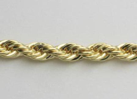Pulseira formada por fio baiano fino.