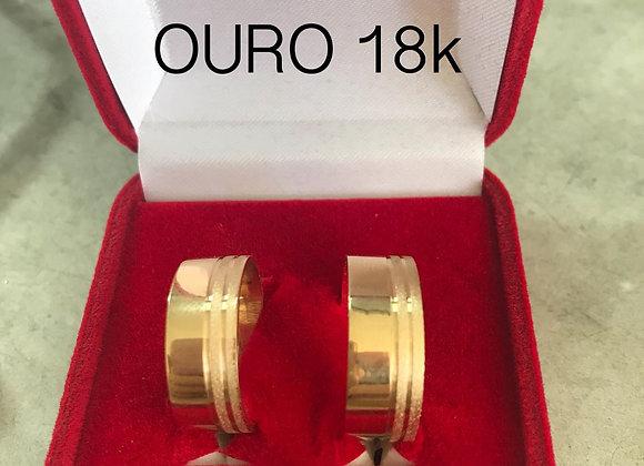 Aliança Quadrada Grossa Com Detalhe Fosco Ouro 18k