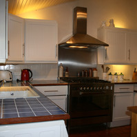 Chataigne kitchen 2.jpg