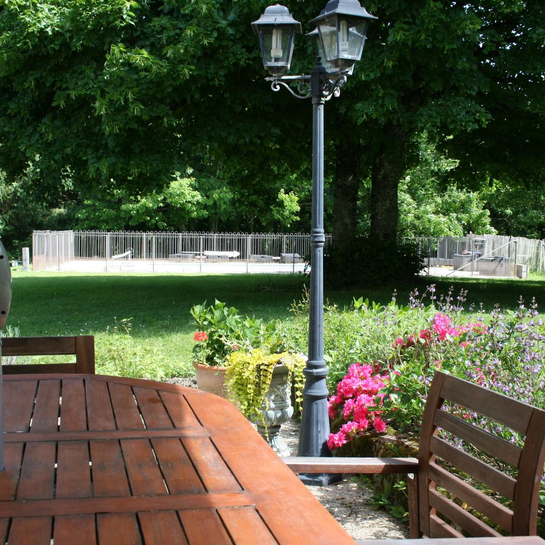 Noisette patio 2.jpg