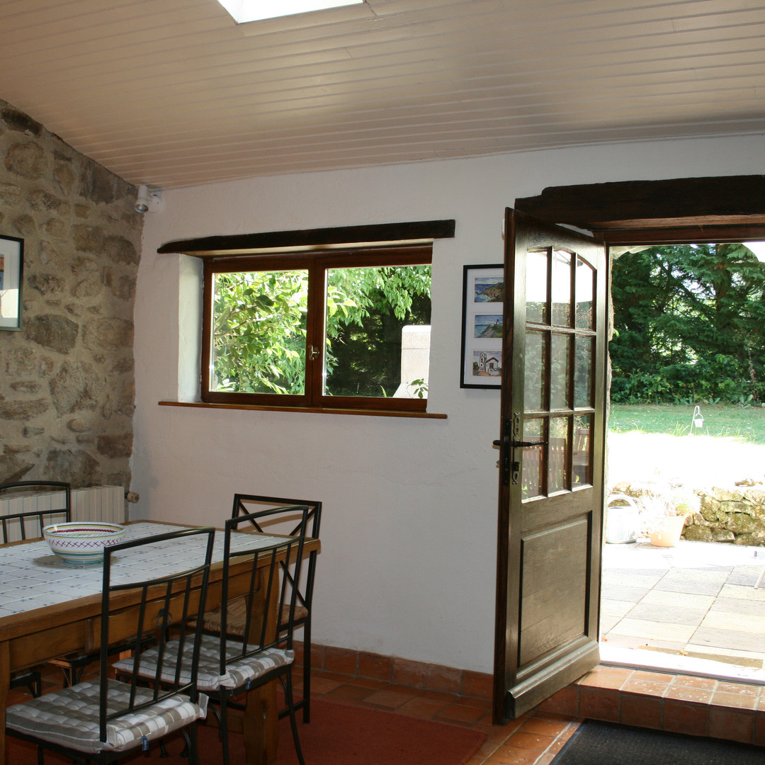 Chataigne Dining Room 2.jpg