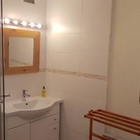 Noisette bathroom.jpg