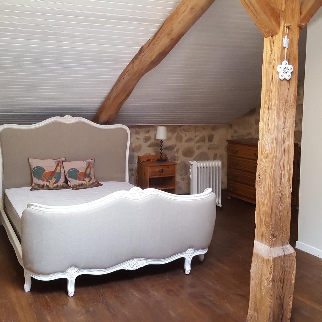 Chataigne bedroom.jpg