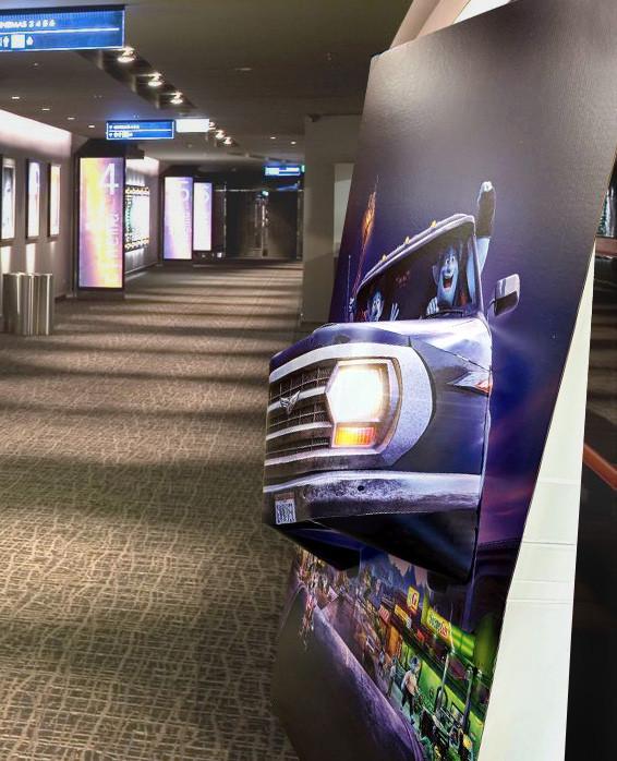 Mounted 3D Displays