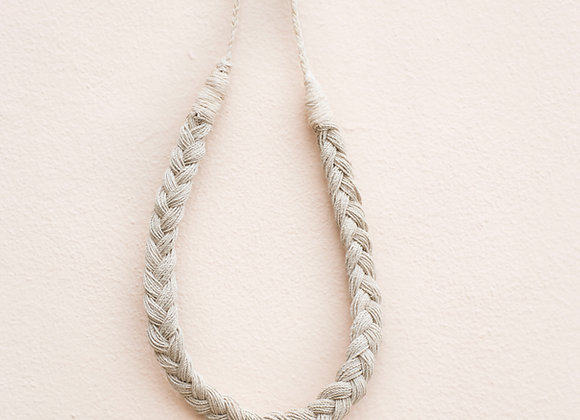 collar trenza