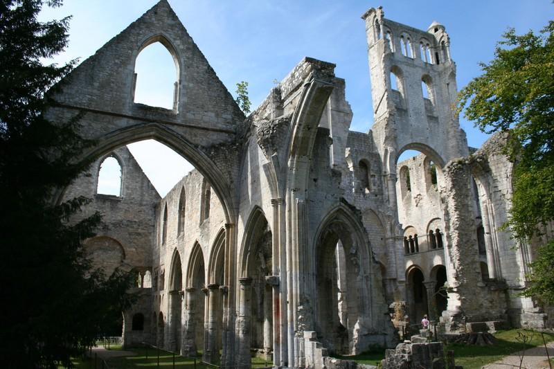 Abbaye de Jumièges.jpg