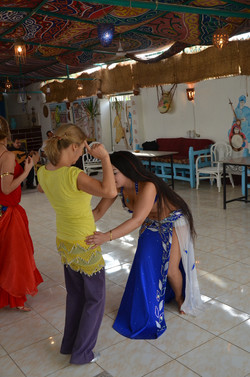 oriental dance class with live band