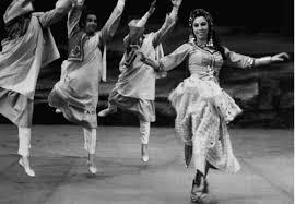 folklore egiziano vs danza popolare