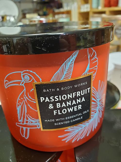 Passionfruit & Banana Flower Candle